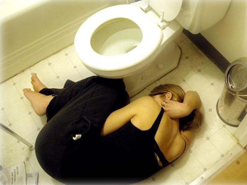 проехать больно сидеть после туалета по большому разборка