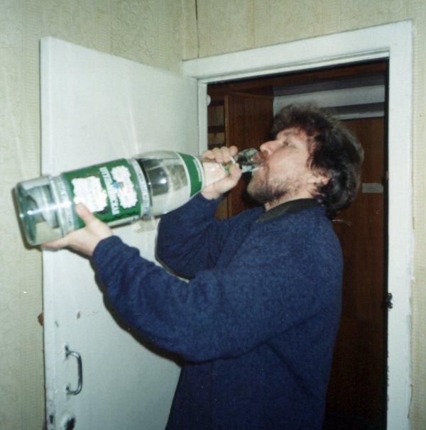 Сон пила водку